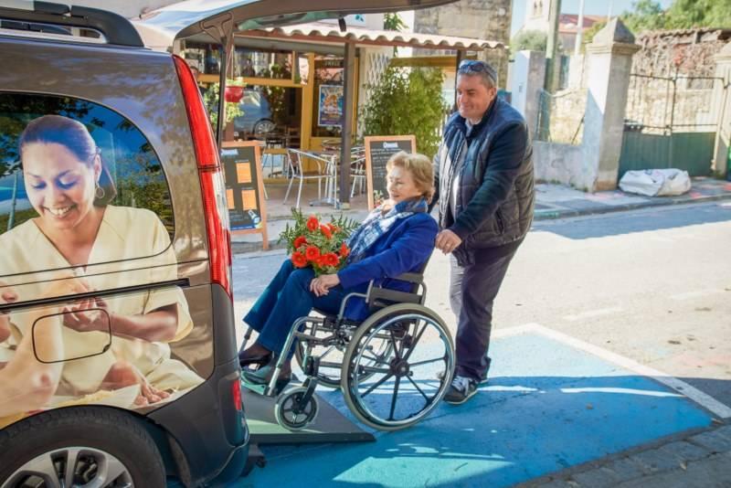 véhicule adapté personne handicapée meyrargues