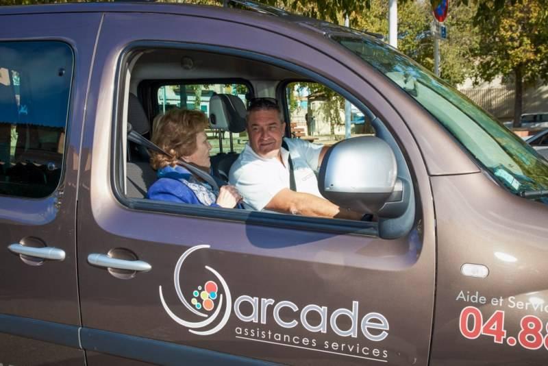 voiture personne handicapée aix en provence