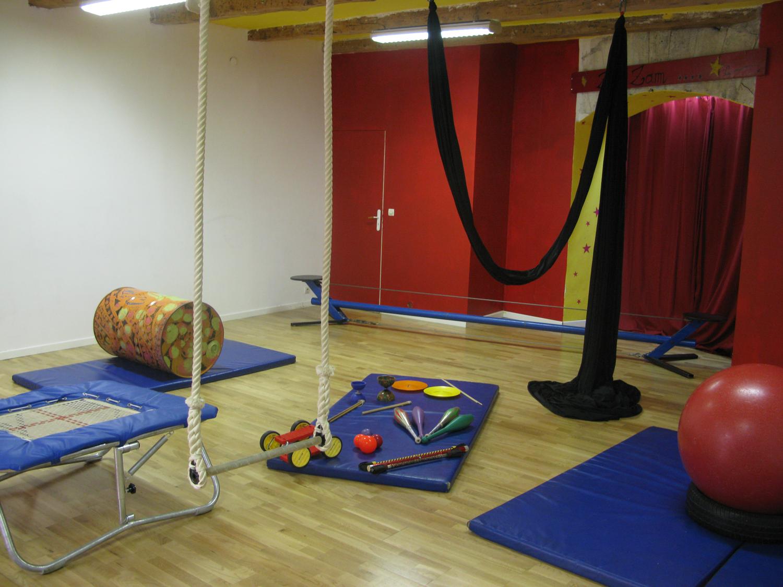 Septembre 2017 :  l'association ZimZam propose des ateliers de cirque adapté