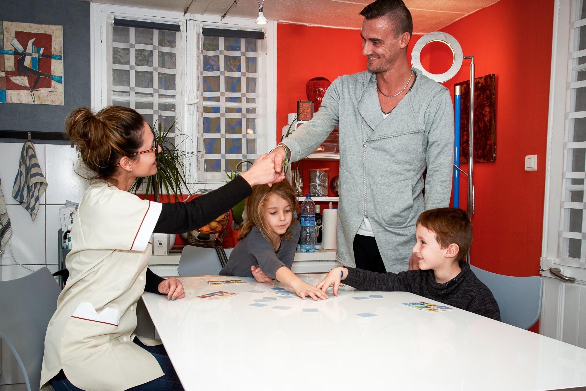 les d marches pour financer la garde de votre enfant services la personne marseille arcade. Black Bedroom Furniture Sets. Home Design Ideas