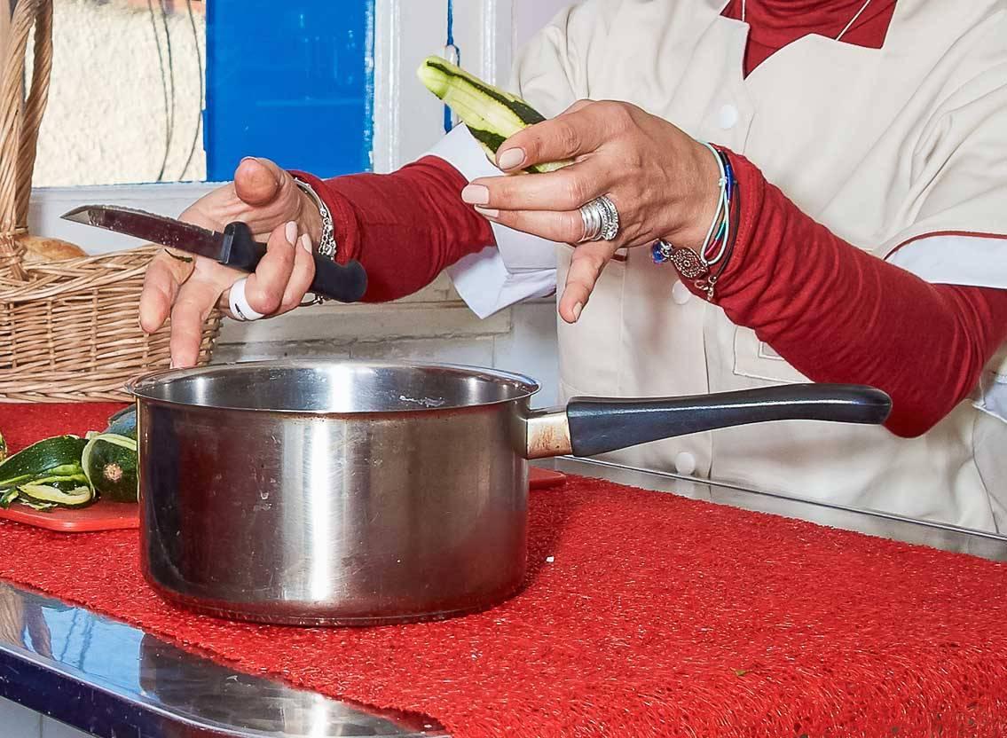 Familles / Actifs : ARCADE prépare vos repas à votre domicile