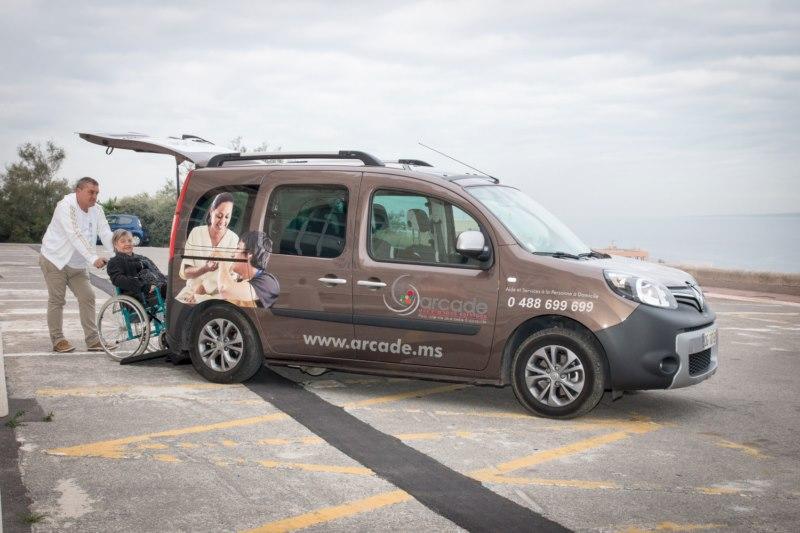 Transport pour personne à mobilité réduite