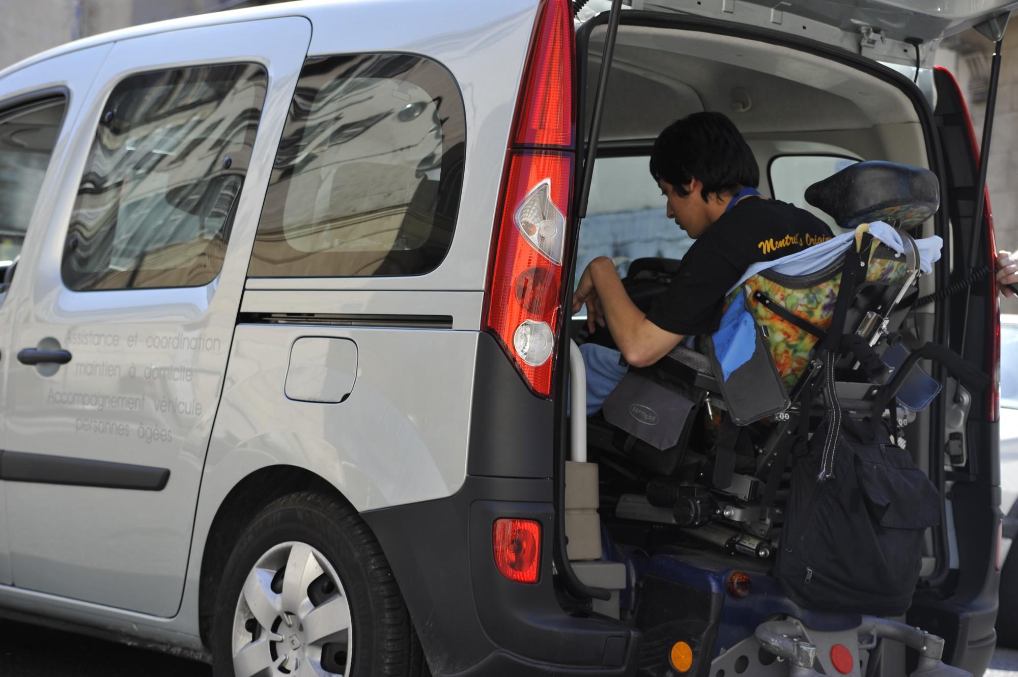 accompagnement véhiculé personne handicapée